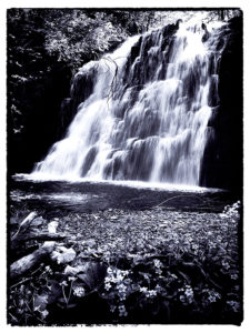 inashibetsu_waterfall