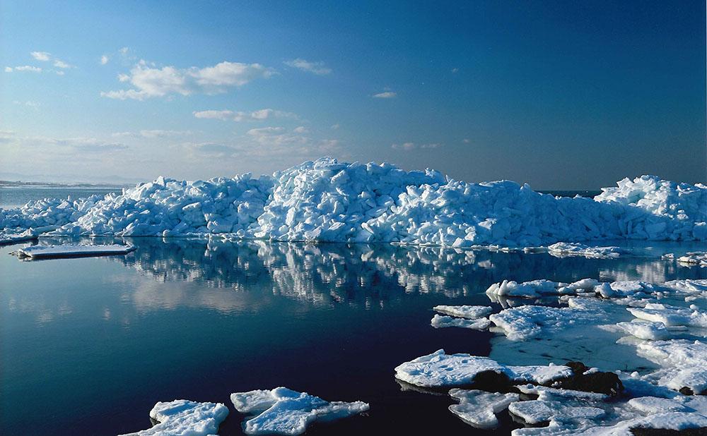0002押し寄せる流氷