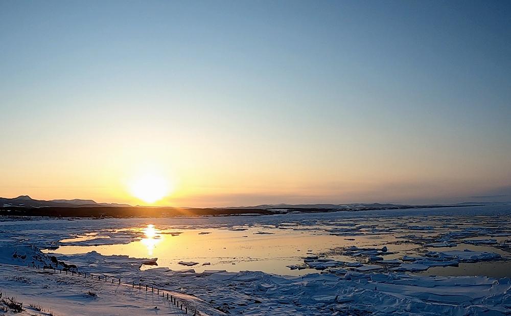 日の出岬流氷夕陽